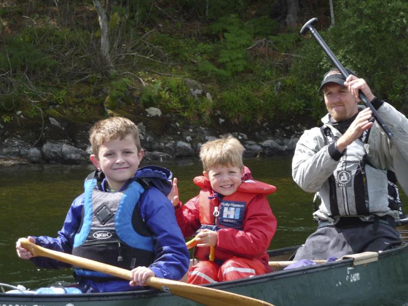 Family_Canoeing