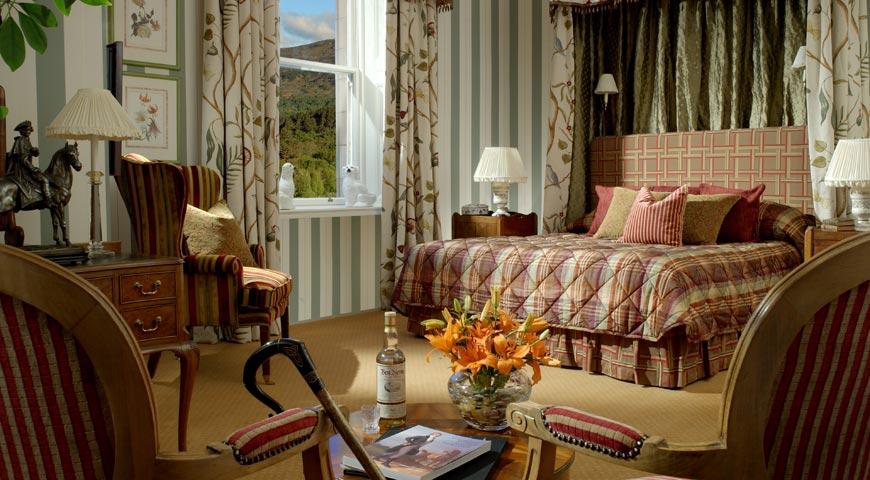 Luxury castle hotels in Scotland and Irelan