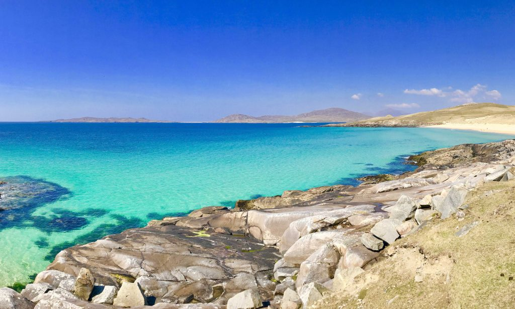 The beautiful turquoise colours of Luskentyre beach